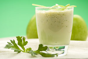 Collection of apple smoothie recipes