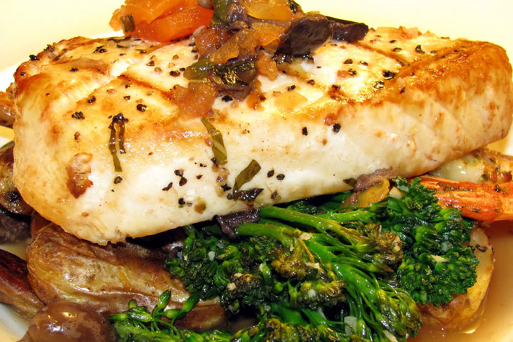 ... Recipes Grilled swordfish with lemon juice, olive oil and herbs