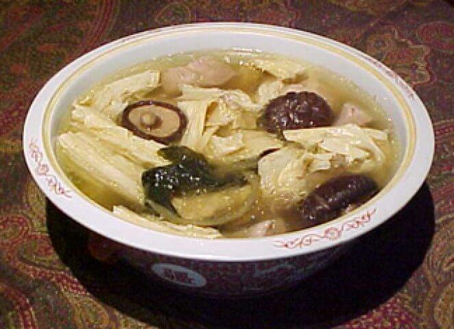 Crock Pot Dried Bean Curd Soup With Shiitake Mushrooms