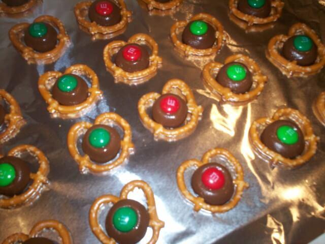 Reindeer Belly Buttons Recipe Cdkitchen Com