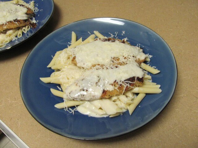 photo of olive garden parmesan crusted chicken - Olive Garden Chicken Parmigiana