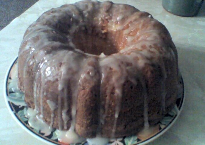 7up pound cake 7 up lemon pound cake recipe cdkitchen 1182