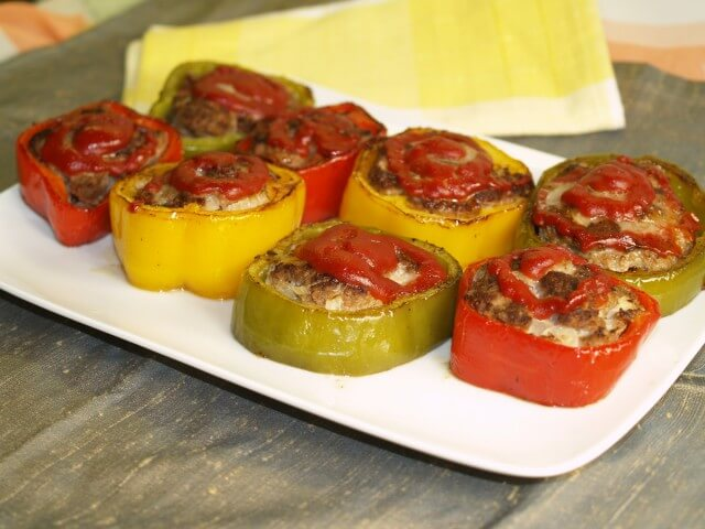 Pan Fried Meatloaf In Tricolor Peppers Recipe Cdkitchen Com