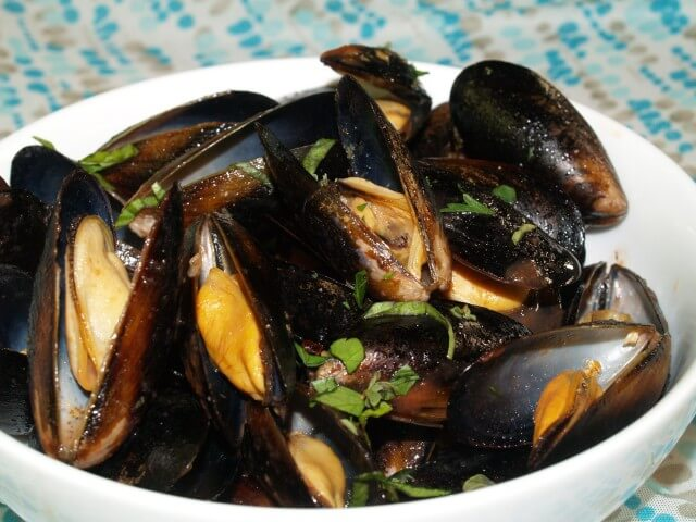 Mussels with Sambuca Recipe | CDKitchen.com