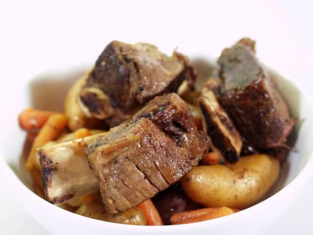 Rustic Short Ribs With Mustard Sauce Crockpot Recipe ...