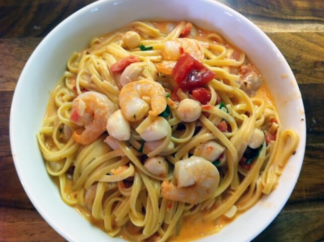 Photo Of Linguini With Shrimp And Bay Scallops In A Creamy Tomato Vodka Sauce