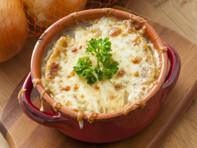 Learn How Jerri Manthey Makes Her Vegetarian French Onion Soup