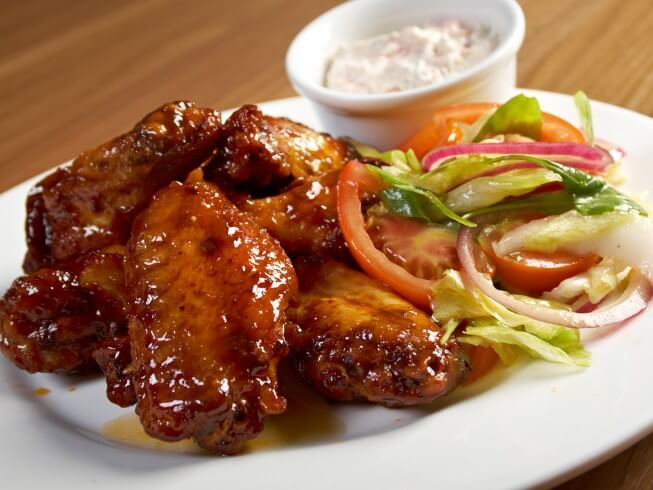 Slow Cooker Spicy Honey Barbecue Chicken Wings