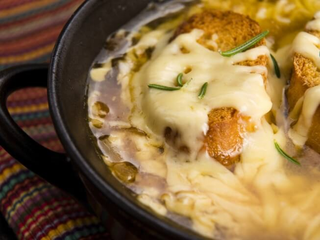 The 24 Hour Crock Pot French Onion Soup Recipe From Cdkitchen Com
