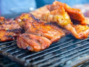 how to cook marinated pork steaks in the oven