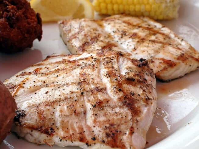 Grilled amberjack au poivre recipe for Amberjack fish recipes