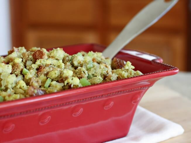 Bread And Butter Stuffing With Fresh Sage Recipe | CDKitchen.com