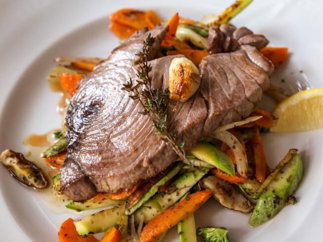 Grilled Yellow Fin Tuna Steak Recipe Cdkitchen Com