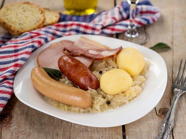 Choucroute Garnie Recipe | CDKitchen.com
