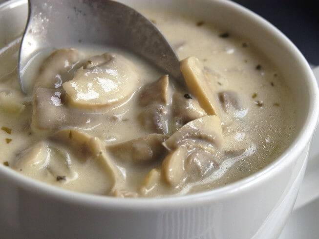 Easy homemade cream of mushroom soup recipes