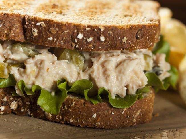Tuna fish sandwich with blue cheese recipe for How to make tuna fish sandwich