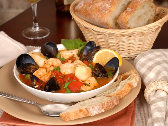 Crock pot bouillabaisse recipe from for Fish chowder crock pot