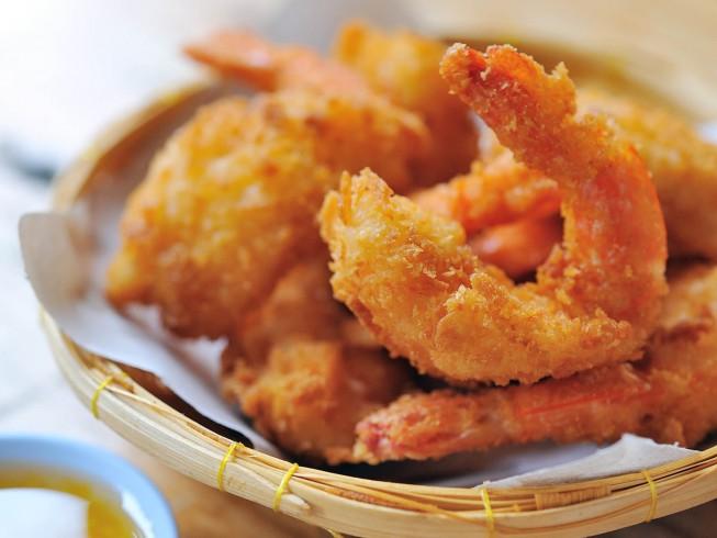 Copycat Red Lobster's Batter-Fried Shrimp Recipe | CDKitchen.com