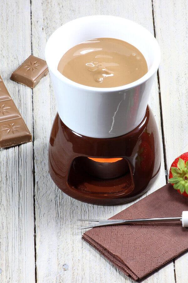 Milk Chocolate Fondue Recipe | CDKitchen.com